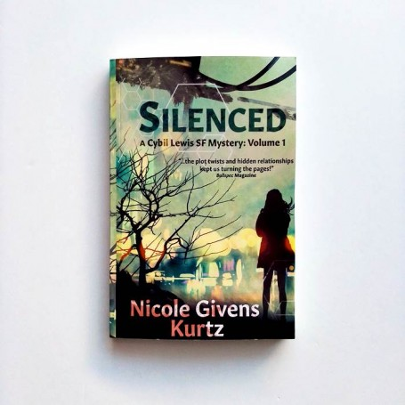 Silenced. A Cybil Lewis SF Mystery. Vol.1 - Nicole Givens Kurtz